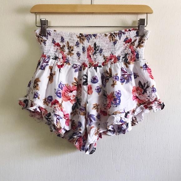 Cotton Candy Pants - Cotton Candy LA Soft Flouncy Short Sz M - M25